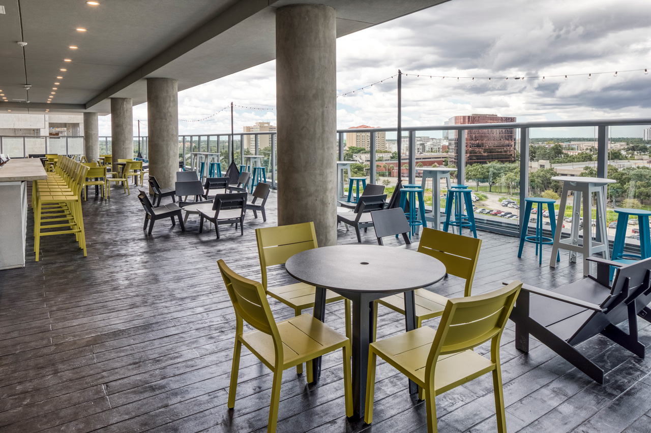 UnionWest – The Collaborative – 6th Floor Resident-Only Outdoor Patio